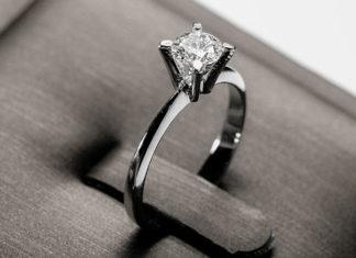 Błękity w trendach ślubnych - zobacz inspiracje