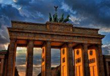 10 zwrotów, które są Ci niezbędne, żeby swobodnie poruszać się po Niemczech